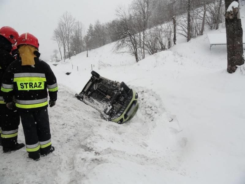 Nowa Wieś: Sprawca wypadku uciekł. Policja poszukuje świadków