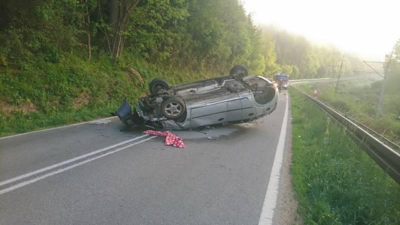 Pijany kierowca spowodował wypadek w Żegiestowie i uciekł z miejsca zdarzenia