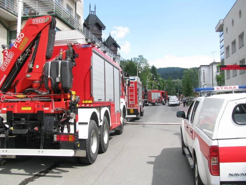 Krynica-Zdrój: Przesyłka z nieznaną substancją trafiła do restauracji – Odizolowano dwie osoby