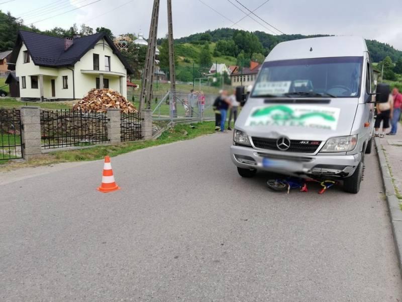 Żegiestów: Bus potrącił dziecko jadące na rowerze