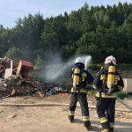 Ćwiczenia jednostek Straży Pożarnej na wysypisku śmieci
