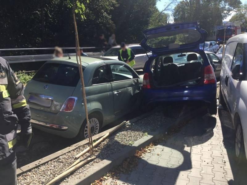 Krynica-Zdrój: Podczas parkowania uszkodził cztery pojazdy