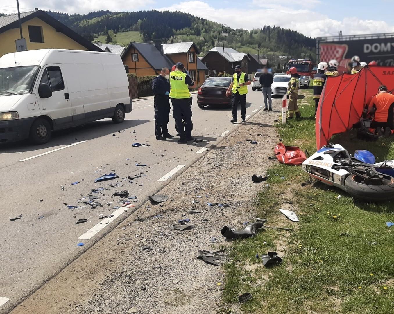 Tragiczny wypadek w Powroźniku - fot. KMPSP Nowy Sącz